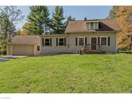 18416 Haskins Rd Chagrin Falls OH, 44023