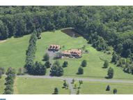 6616 Blueberry Ln Pipersville PA, 18947