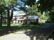 5 Sunken Meadow Rd Northport NY, 11768