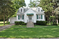 27w582 Beecher Avenue Winfield IL, 60190