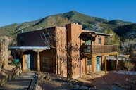 1656 Cerro Gordo Road Santa Fe NM, 87501
