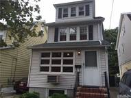 70-19 Loubet St Forest Hills NY, 11375