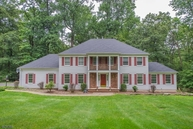 29 Willow Dr Chester NJ, 07930