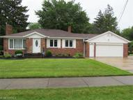 5113 Park Ln North Olmsted OH, 44070