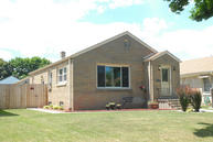 2939 S 38th St Milwaukee WI, 53215