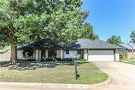 1002 Thistlewood Drive Norman OK, 73072