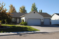 4440 Colonial Way Idaho Falls ID, 83404
