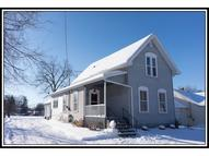 708 West Beacon St New London WI, 54961