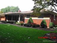 23143 N Rosedale Saint Clair Shores MI, 48080
