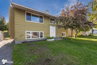 7520 Rovenna Street Anchorage AK, 99518