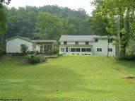 15209 George Washington Highway Rowlesburg WV, 26425