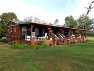 2251 Clinton Drive Mountain Grove MO, 65711