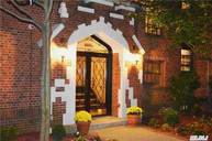 68-20 Burns St C3 Forest Hills NY, 11375
