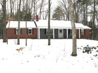 19 Rocky Point Dr Bow NH, 03304