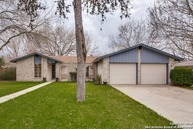 121 Fawn Valley Dr Boerne TX, 78006