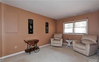 213 Lawrence Ln Glen Cove NY, 11542