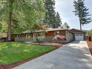 10554 Se Flavel St Portland OR, 97266