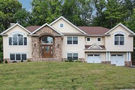 381 Forest Hill Way Mountainside NJ, 07092