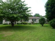 60 Barley Dr Painesville OH, 44077