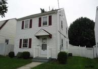 327 E Maple Street York PA, 17403