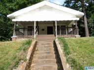 1237 Waverly St Tarrant AL, 35217
