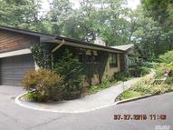 339 Meadow Ln Mill Neck NY, 11765
