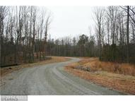 21 Winding Ridge Way Bumpass VA, 23024