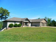 25 Crestview Kimberling City MO, 65686