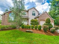 16888 Se Wooded Heights Dr Happy Valley OR, 97086