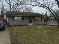 2442 Moorewood Dr Zanesville OH, 43701
