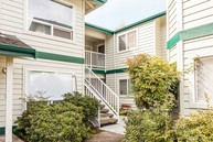 1403 Nw Richmond Beach Rd  Unit 6 Shoreline WA, 98177