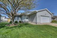 2821 Rutherford Bloomington IL, 61704