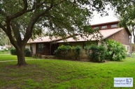 311 Tanglewood Dr Gonzales TX, 78629