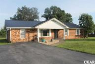 713 Meadowlark Dr Crab Orchard KY, 40419