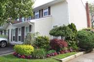 136 Terrace Ct Woodbury NY, 11797