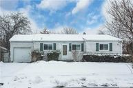 68 Hope Dr Plainview NY, 11803