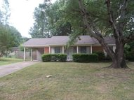 397 Bouldincrest Collierville TN, 38017