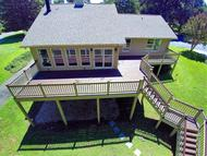 995 Lakemount Dr Moneta VA, 24121