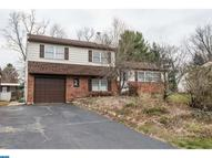 1270 Manor Dr Warminster PA, 18974