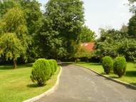 11 Foxwood Rd Great Neck NY, 11024