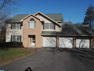 715 Pinewood Cir Pottsville PA, 17901
