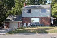14 Worcester Dr Northport NY, 11768