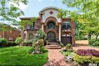 7 Muriel Ave Lawrence NY, 11559