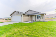 2325 Famville Ct Pasco WA, 99301