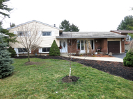 225 Lime Kiln Rd Ancaster ON, L9G 3A9