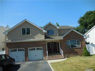 3865 Miller Pl Levittown NY, 11756