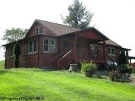 2887 Pleasant Ridge Road Buckhannon WV, 26201