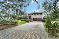 7 Lansing Ln East Northport NY, 11731