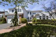 154 Country Club Dr Commack NY, 11725