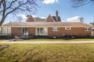 1620 S. Washington Avenue Park Ridge IL, 60068